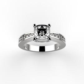 Queen Ring.1187