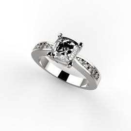 Queen Ring.1188