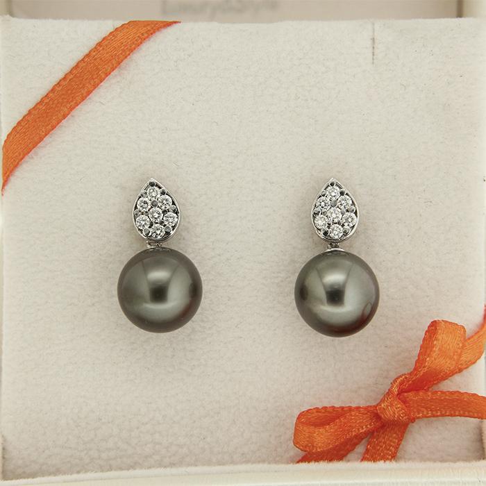 orecchini di perle in oro bianco con diamanti