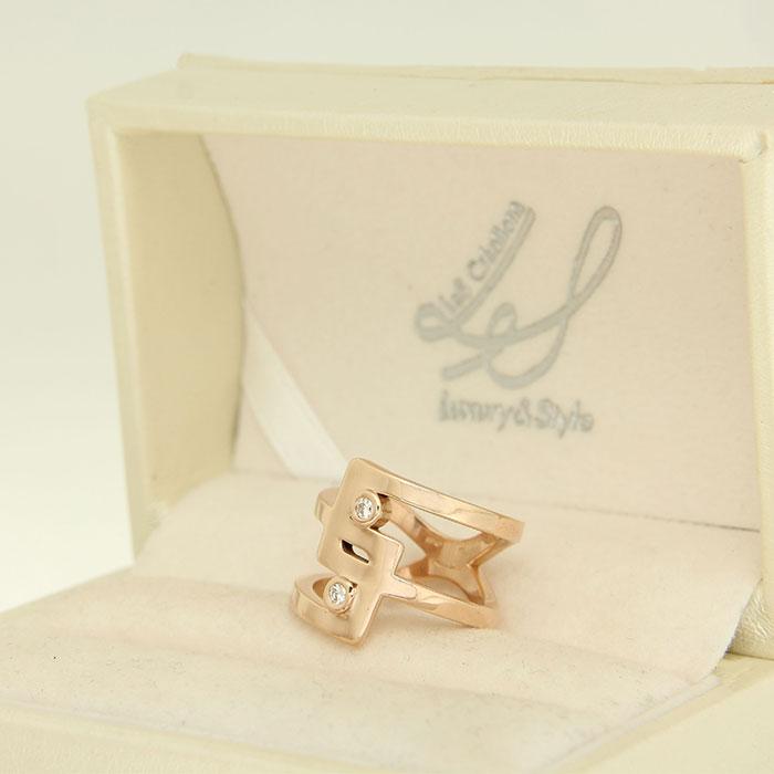 anello in oro rosa e diamanti personalizzato a Roma