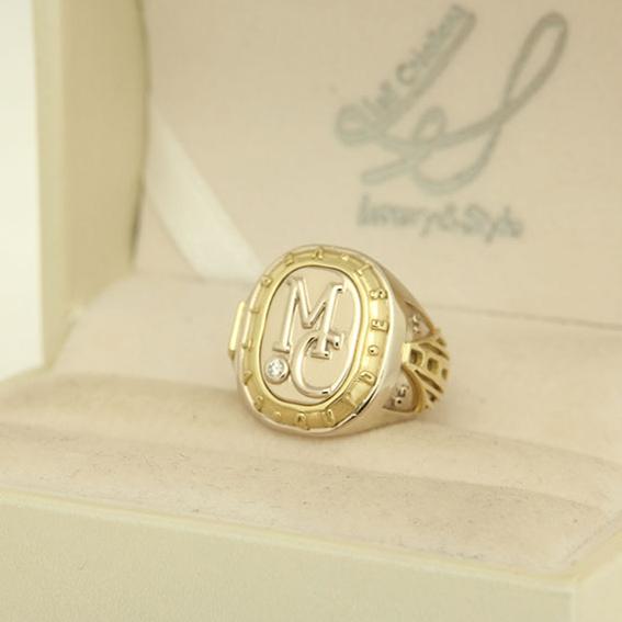 anello chevalier sigillo personalizzati a Roma